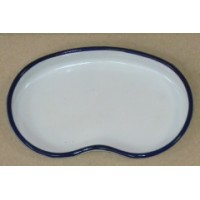 ЛОЭ-105 Kidney-shaped enamel  tray 105 x 180x25 mm.